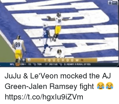 Nfl, Fight, and Aj Green: 89  2 JuJu & Le'Veon mocked the AJ Green-Jalen Ramsey fight 😂😂 https://t.co/hgxIu9iZVm