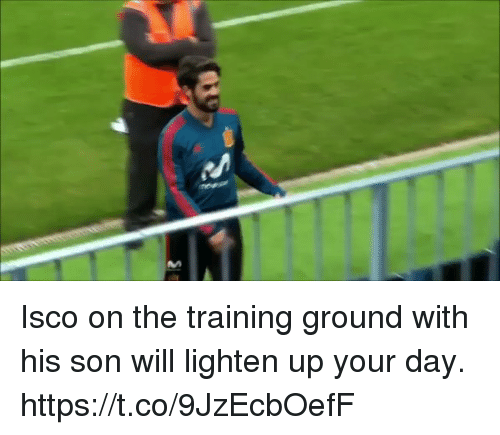 Soccer, Isco, and Day: An Isco on the training ground with his son will lighten up your day. https://t.co/9JzEcbOefF