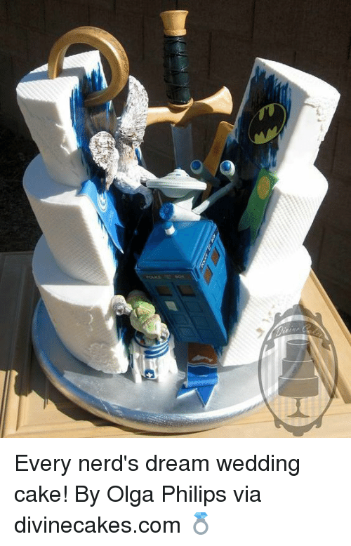 Memes, Cake, and Wedding: Every nerd's dream wedding cake! By Olga Philips via divinecakes.com 💍