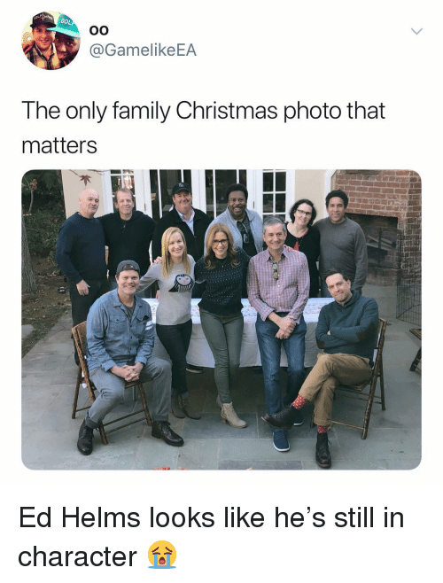 Christmas, Ed Helms, and Family: GO  @GamelikeEA  The only family Christmas photo that  matters Ed Helms looks like he's still in character 😭