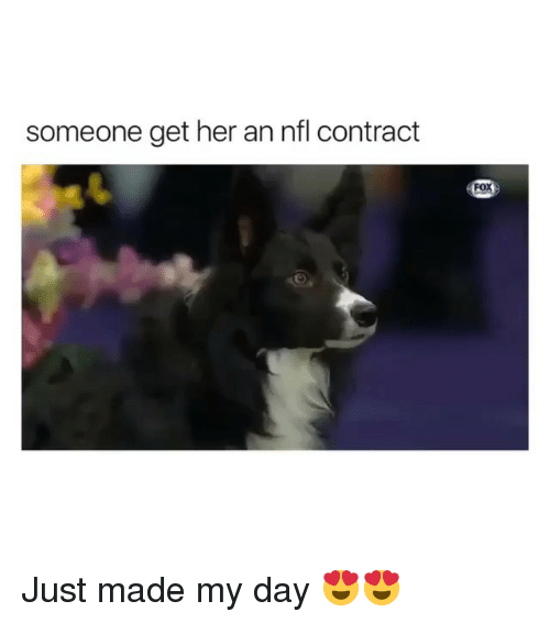 Memes, Nfl, and 🤖: someone get her an nfl contract Just made my day 😍😍